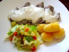 Gekochtes Rindfleisch In Meerettich Sauce -  Boiled Chuck Roast In Horseradish Sauce