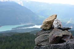 Cairn on Brew Lake trail