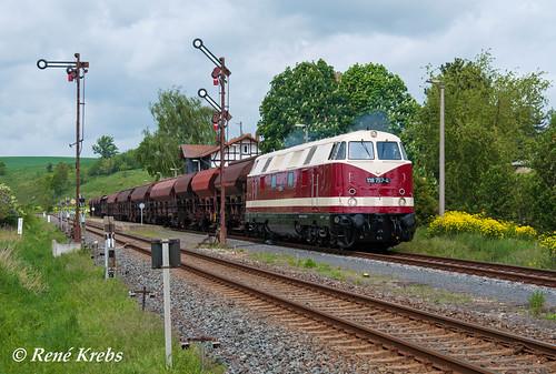 EBS 118 757 mit Fotogüterzug am 10.05.2014 in Wasserthaleben