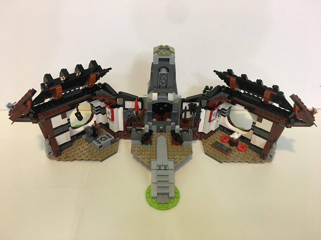 LEGO Ninjago <b>Dragons</b> <b>Forge</b> Set <b>70627</b> - ToyWiz