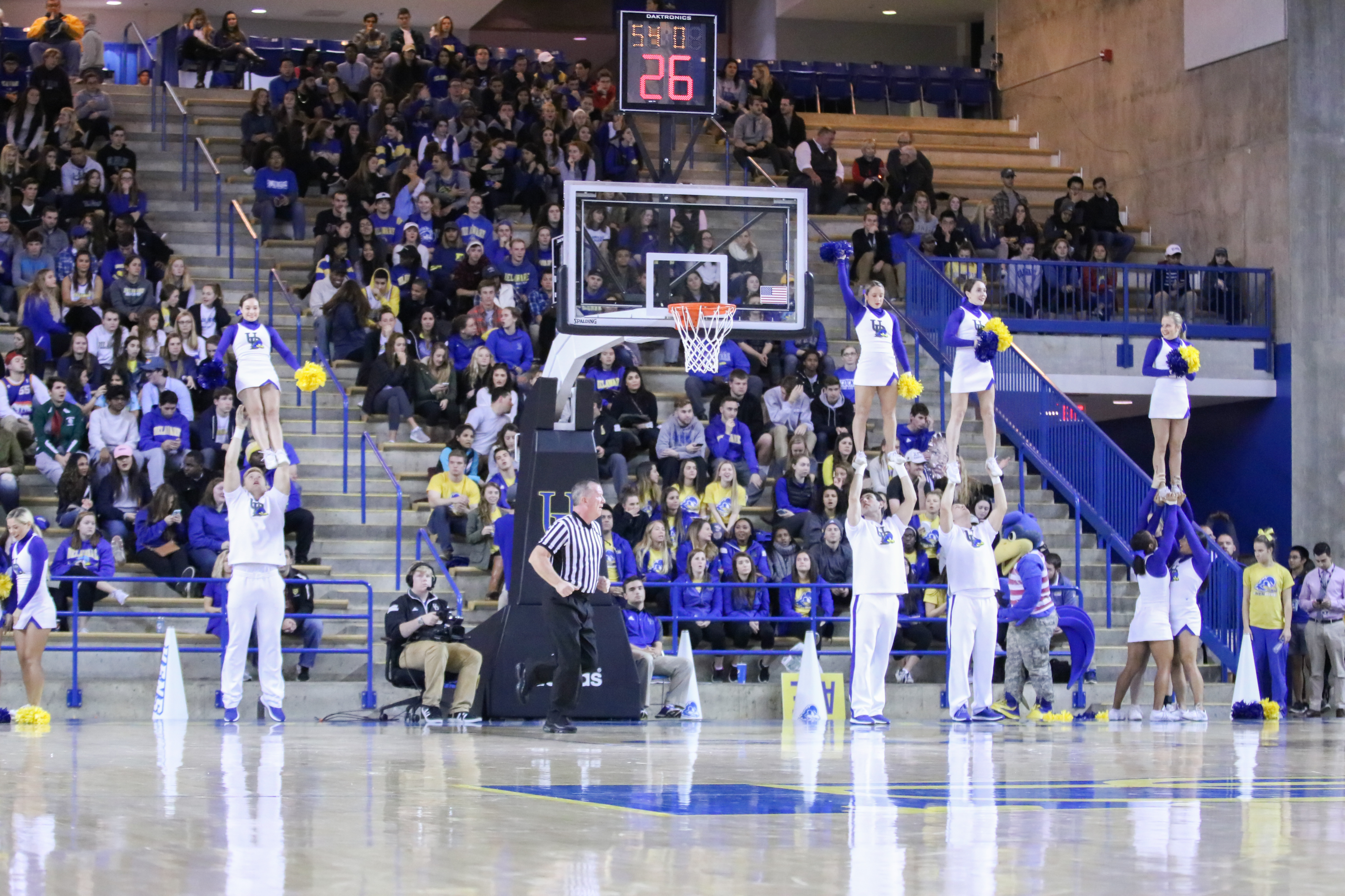 Delaware welcomes NCAA powerhouse Notre Dame to Newark