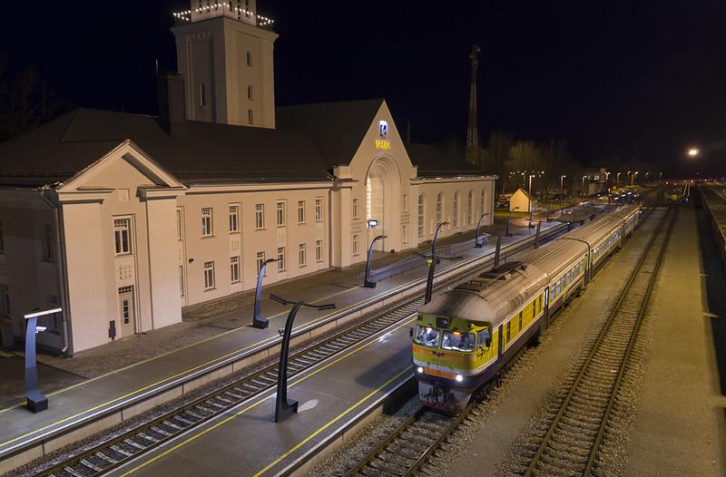 Diiselrong DR1A Valga raudteejaamas, 03.01.2015.