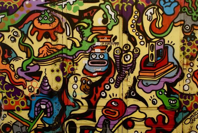 Fresque coloré et surréaliste du monde de la mer et de l'espace intersidéral