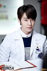 140530-ocn-blog-donghae-1