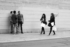 Les passantes