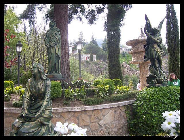 Esculturas Gruta Nuestra Señora de Begoña