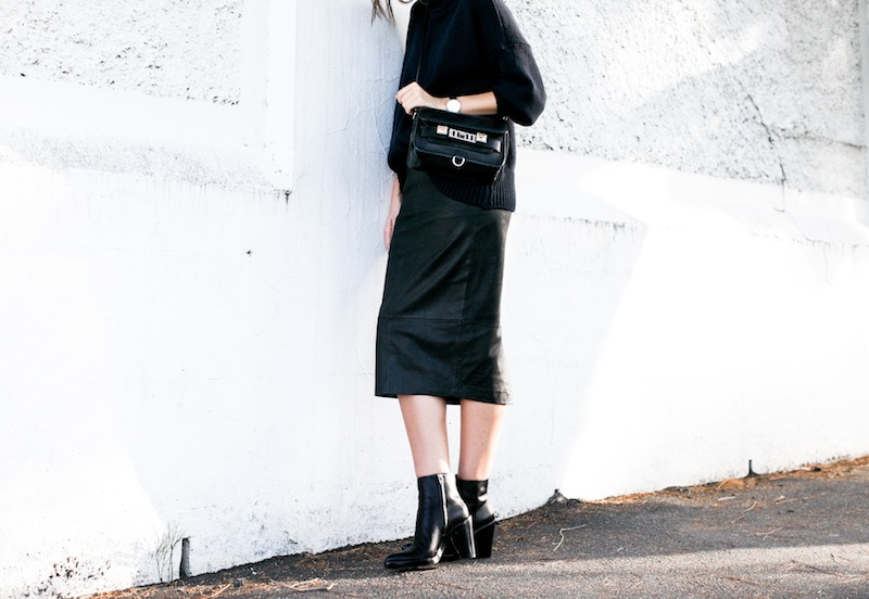modern legacy blog kaity street style off duty minimalist ASOS leather pencil skirt Scanlan and Theofore chunky knit turtleneck sweater navy black Alexander Wang Kelli ankle boots Proenza Schouler PS11 Mini Classic satchel bag  (3 of 7)