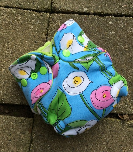 Bumstoppers Newborn Hybrid Fitted  Cala Lillies