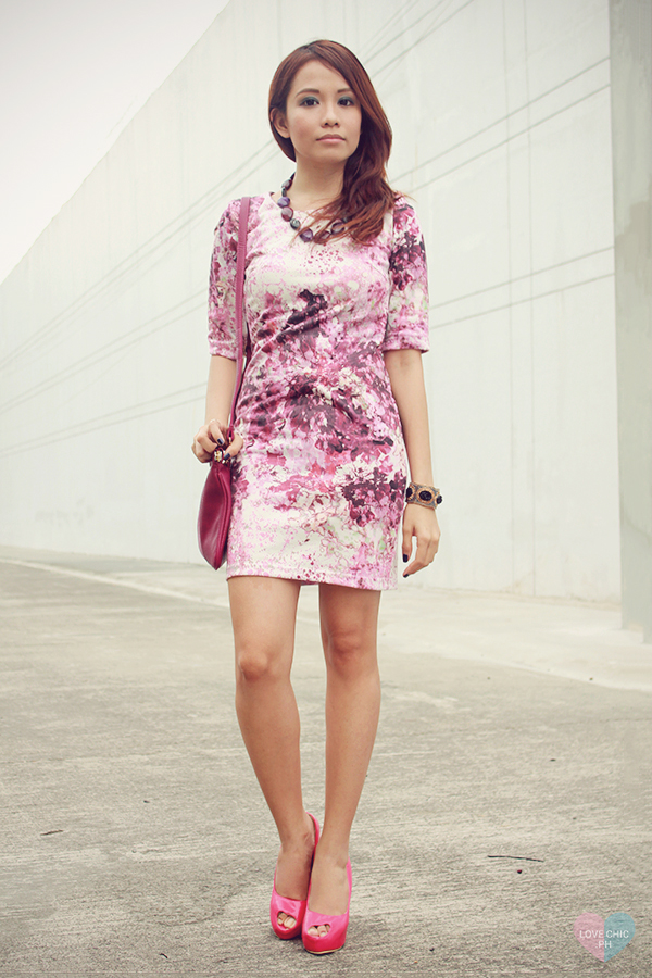 shai lagarde shailagarde love chic lovechic purple floral pink dress paint splatter corporate workwear pink peeptoe heels street style ootd fashion blogger philippines asian redhead contact lenses sm accessories disclosure concert tickets contest 1