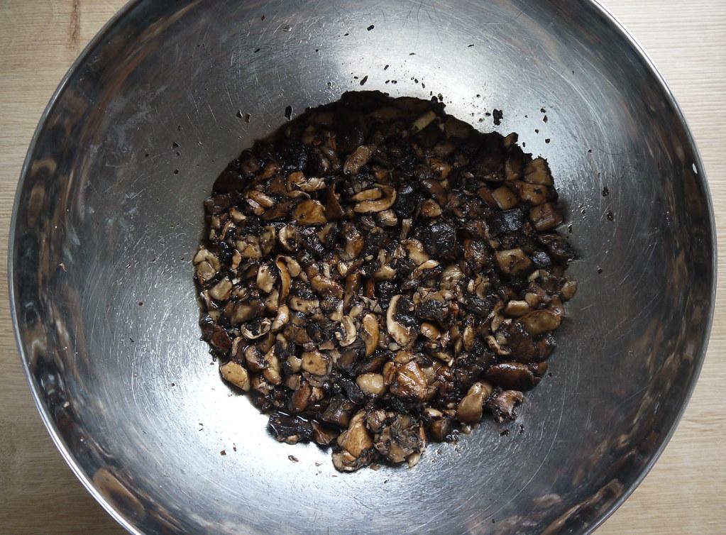 gesalzene Pilzstücke