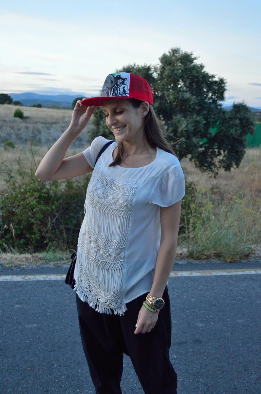 lara-vazquez-mad-lula-style-streetstyle-cap-easy-to-wear