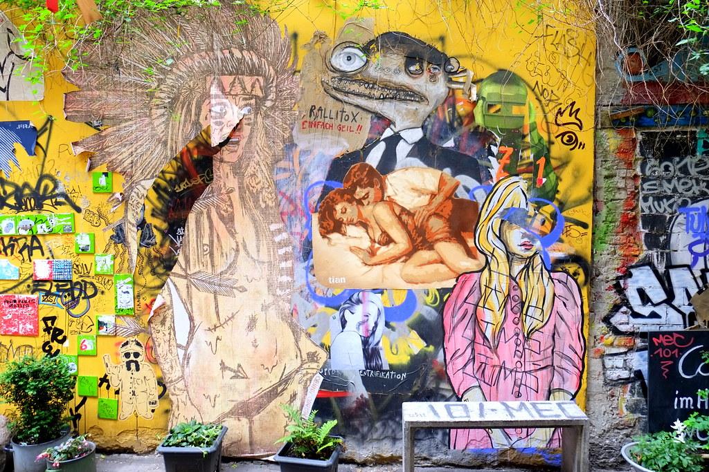 streetart | tiam . rallito x . el bocho | berlin . haus schwarzenberg