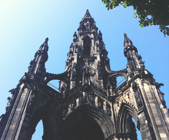 8 vivatramp lifestyle book blogger uk scotland edinburgh things to do adventures with bee