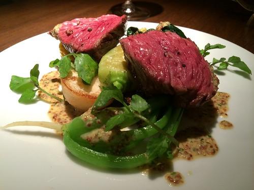 牛カイノミのロースト 夏野菜を添えて@deco