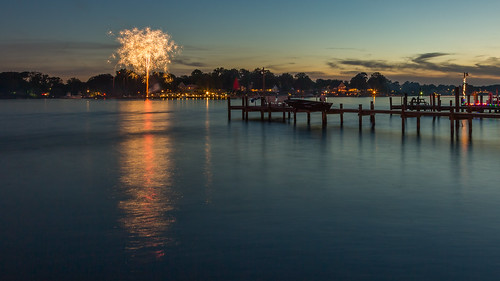 bench pier fireworks maryland middleriver