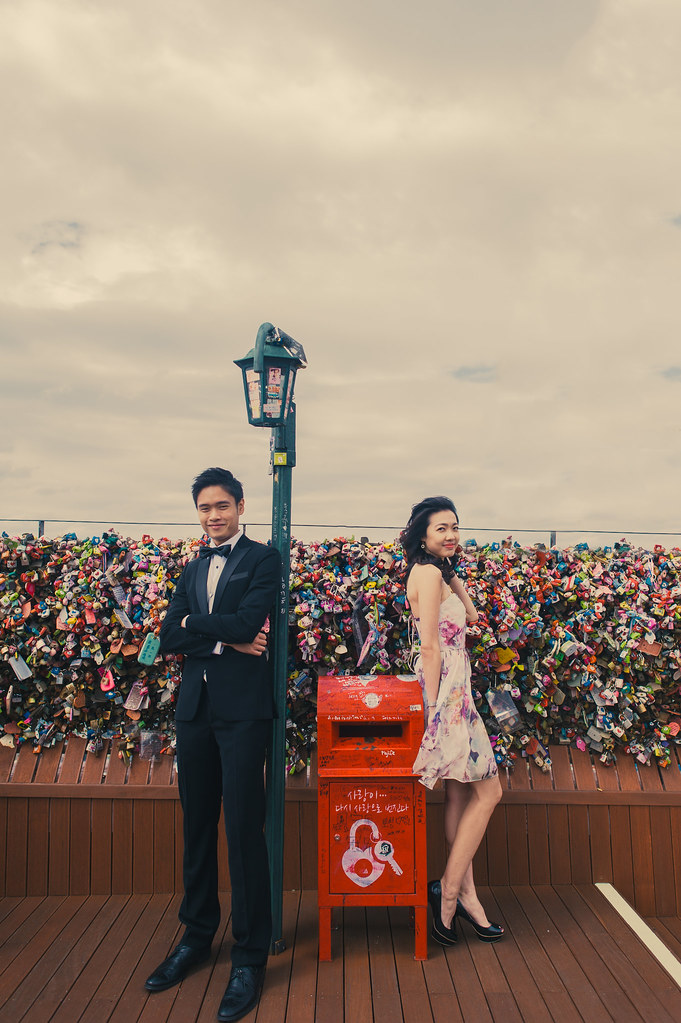 Seoul, Korea, lovescapade, pre wedding, overseas pre wedding, pre wedding in Seoul, Multifolds, Eric and Valerie, love locks, love chair