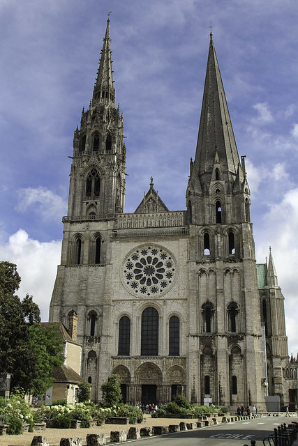 Catholic World News >> Notre Dame de Chartres | Flickr - Photo Sharing!