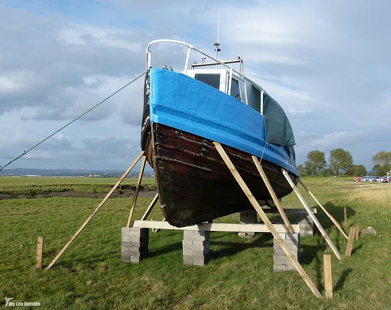 P1080668 - Boat, Penclawdd