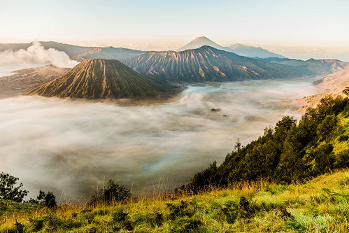 sunrise indonesia landscape java bromo vulcano