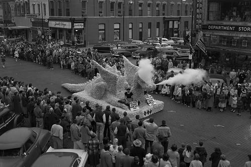 1957 Homecoming  Parade