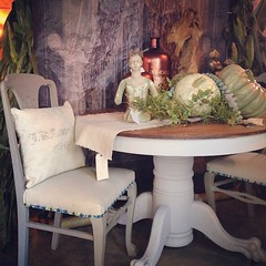 Layered fall at Chartreuse & co this weekend #chartreuseandco #pumpkins #pedestaltable #santos #diningchair #barnsale #vintagedecor