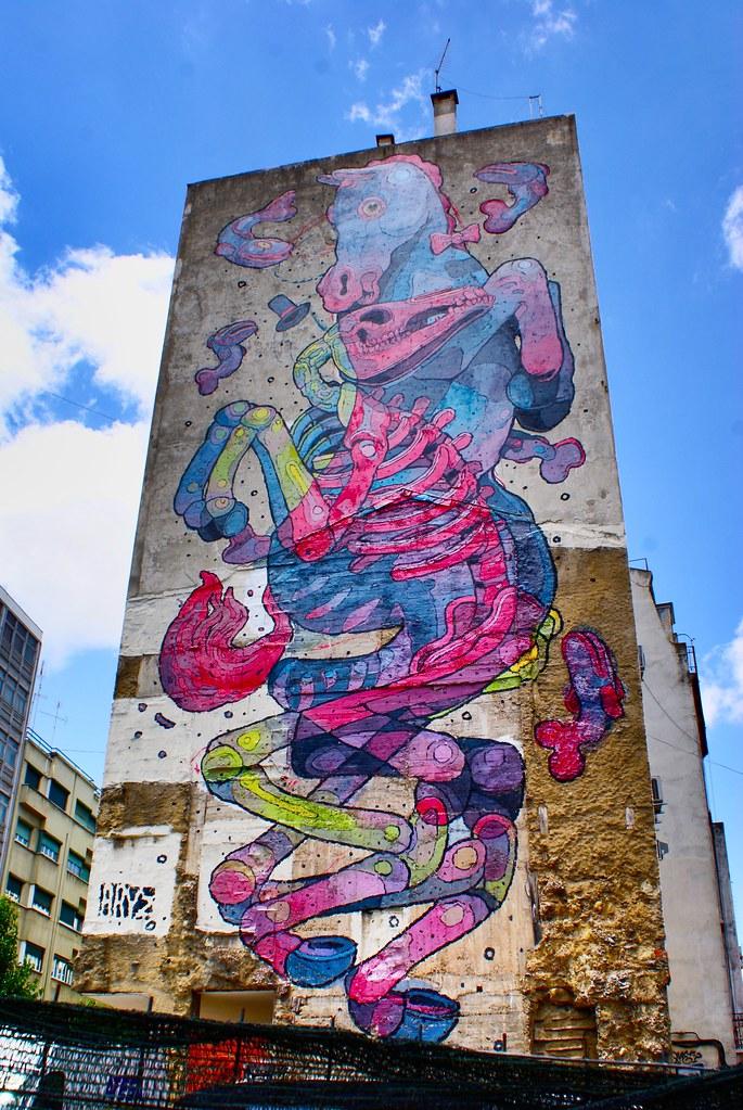 > Street art d'Aryz à Lisbonne.
