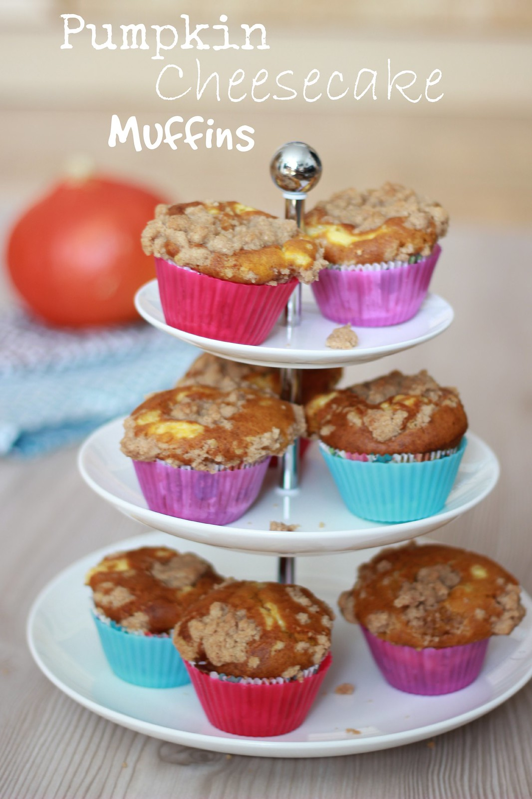 Pumpkin Cheesecake Muffins 02