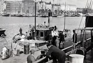 Takavarikoituja lasteja ja aluksia