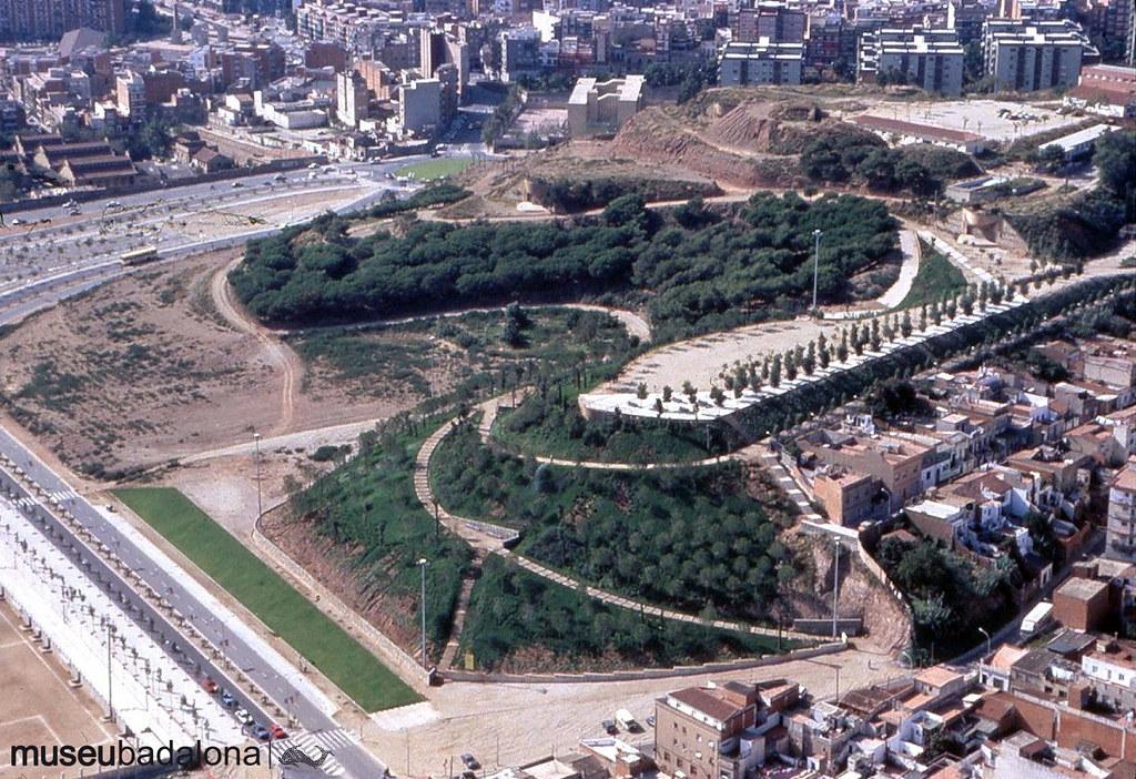 La construcció del Palau Olímpic i l'arranjament del Turó d'en Caritg