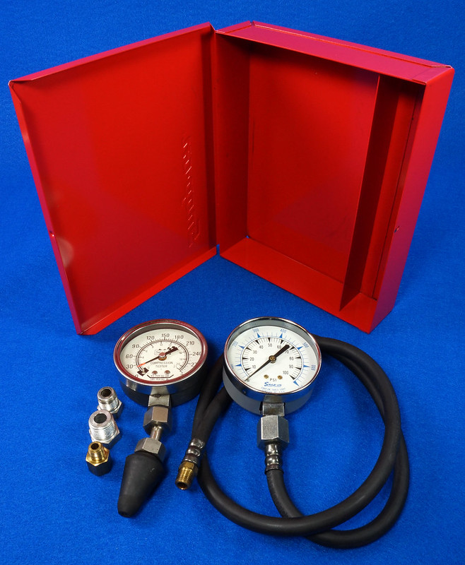 RD14488 Snap On 100 PSI Pressure Gauge Kilopascal in Metal Case with Sears 300 PSI Tester DSC06879