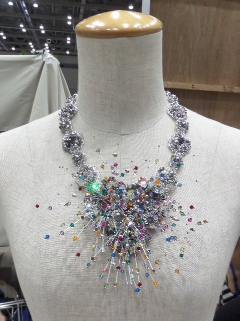 Explosion Necklace