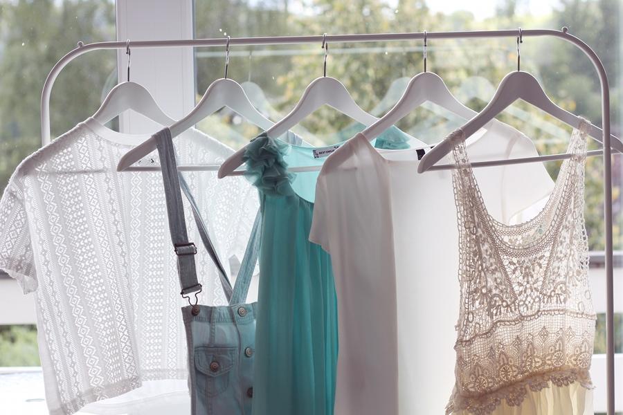 interior-closet-white