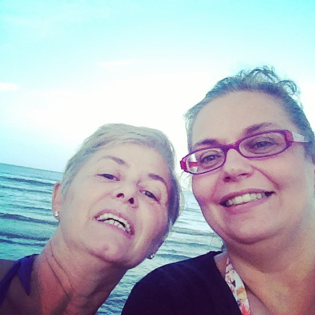 Knitters al mare #estate #sea #summer #mare #ilmarecheamo #giriingiro #knittingfriends