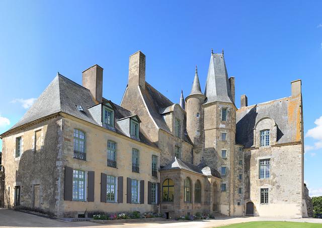 Château de Sévigné côté cours
