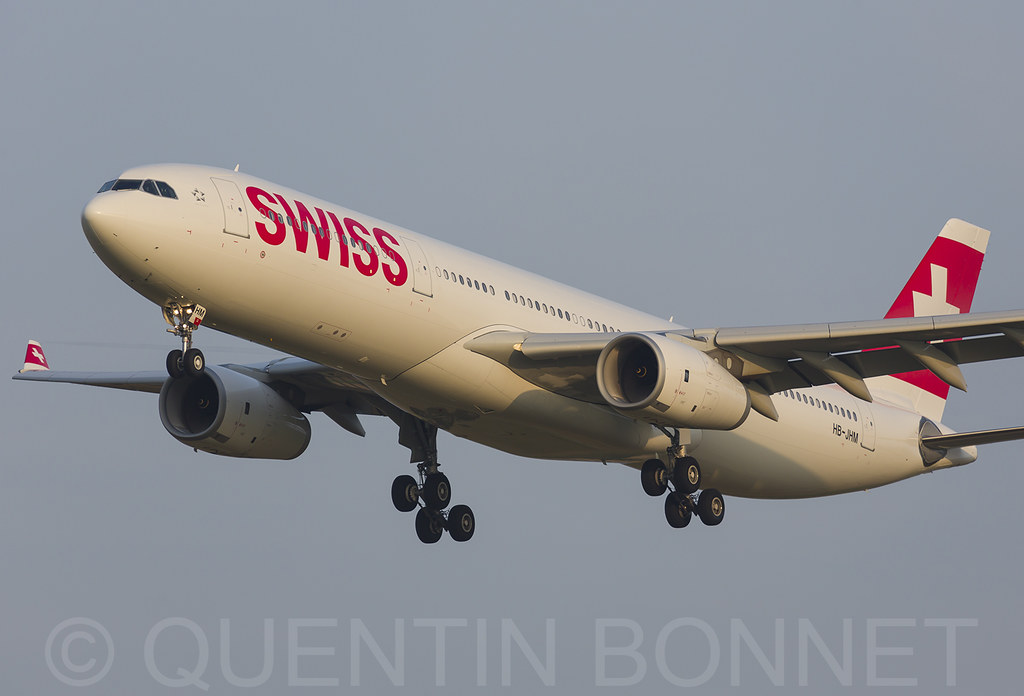 Swiss Airbus A330-343 HB-JHM