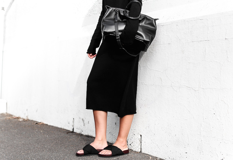 modern legacy fashion blog street style Celine cross slide sandals ugly trend Bassike knit midi dress fall Alexander Wang Prisma tote bag all black (4 of 9)