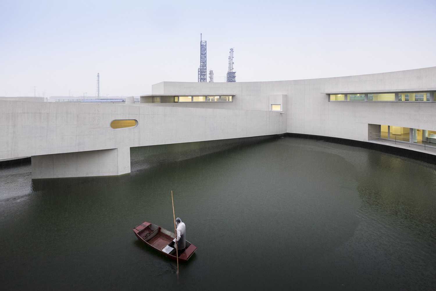 mm_The Building on the Water design by Álvaro Siza + Carlos Castanheira_23
