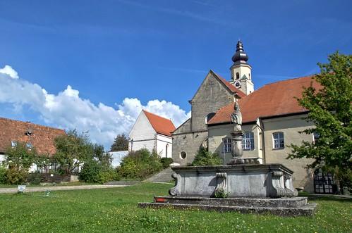 Klosterdorf Windberg - Blasiusbrunnen