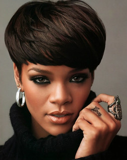 rihanna_bowl_cut bowl haircut