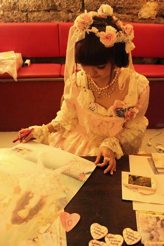 Misako Signing