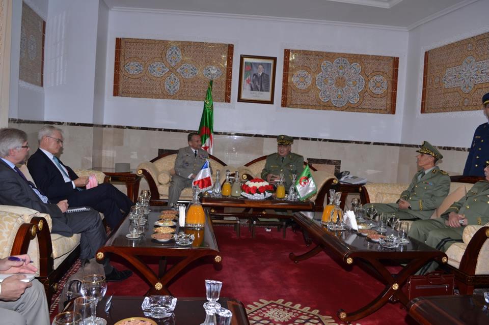 الجزائر : صلاحيات نائب وزير الدفاع الوطني - صفحة 5 30144823013_c60cc6e93a_o