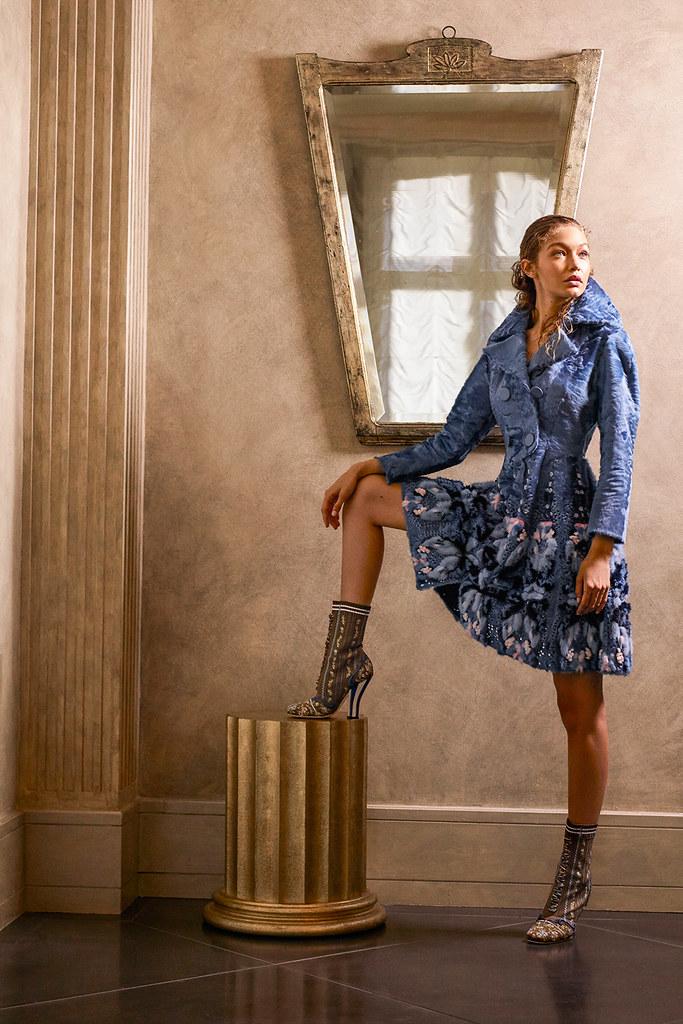 Джиджи Хадид — Фотосессия для «Harper's Bazaar» 2016 – 3