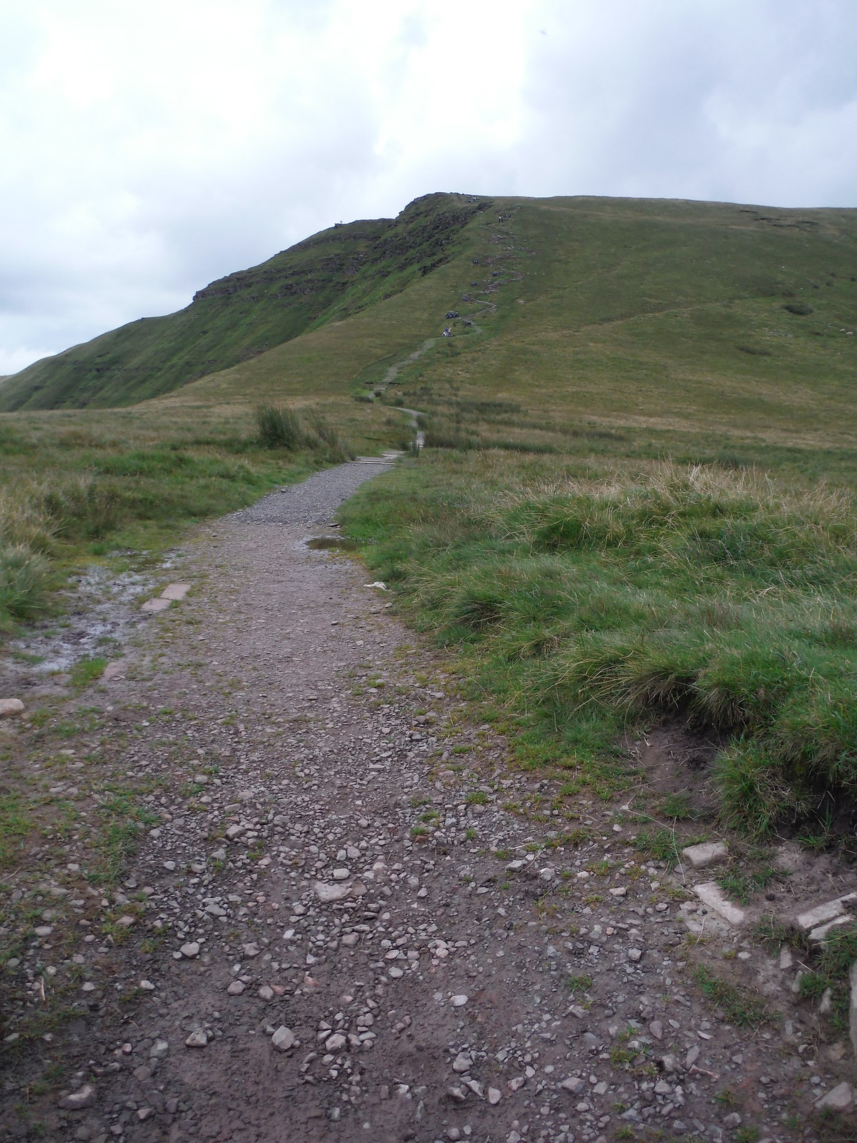 Ascent to Fan y Big SWC Walk 278 Breacon Beacons Horseshoe - Bannau Brycheiniog