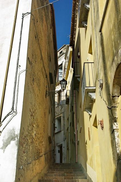 Belvedere Marittimo - scalinata nel centro storico