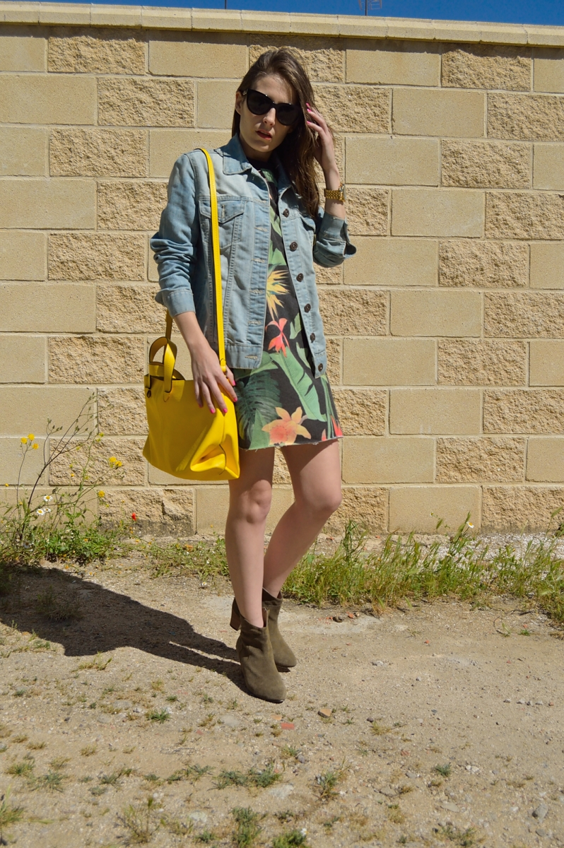 lara-vazquez-madlula-blog-trend-fashion-yellow