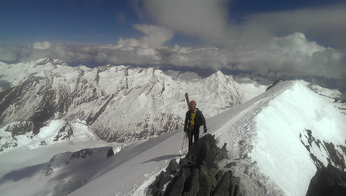 On the Allainhorn ridge