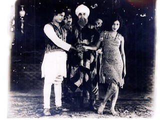 "Master Vithal, Prithviraj Kapoor, Zubeida in 'Alam Ara' (""Jewel of the World"") 1931"