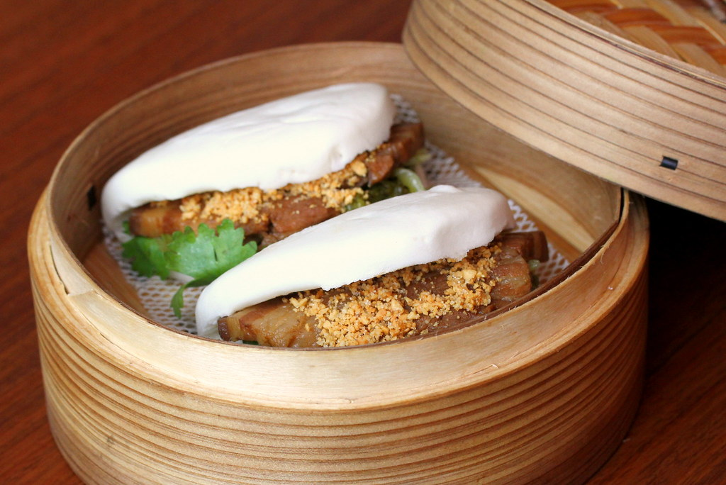 JEM Food Trail: Lee's Taiwanese Taiwanese Gwa-Bao (割包, Braised Pork Wrapped in Steamed Buns)