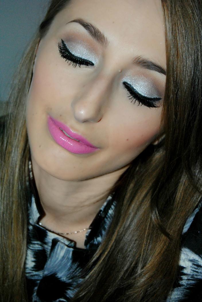 Makeup - Silver (3)