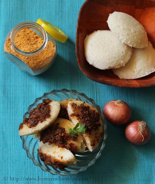 Podi Idly with sauteed onions